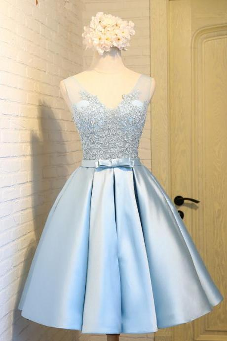 Cute Light Blue Short Homecoming Dresses 2017 Cheap V Neck Lace 8th Grade Prom Dresses Junior High Graduation Dresses Gown