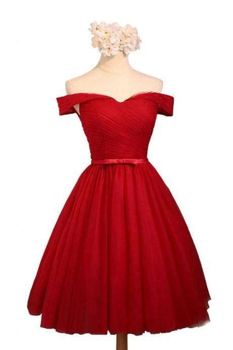 Simple A-Line Homecoming Dresses Off-the-Shoulder Short Tulle Bridesmaid Dresses Prom Dresses Party Dresses